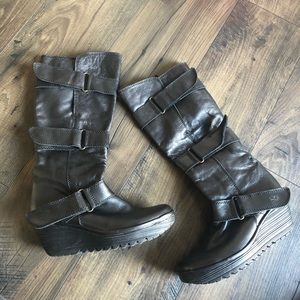 Fly London Black Leather Wedge Boots Straps 39